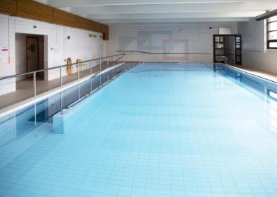 Isoallas Kiipulan uimahallissa.