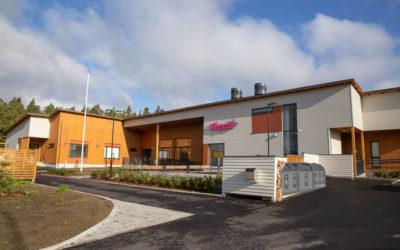 Kiipulan ammattiopiston uusi koulurakennus ja opiskelija-asuntola toiminnassa Nokialla